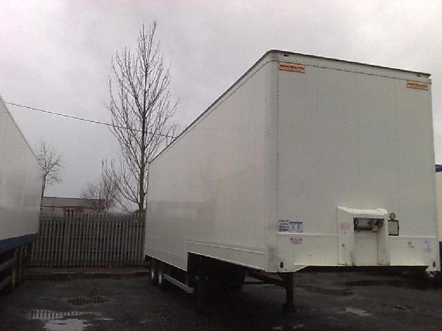 Short Tandem Axle Stepframe Box Trailers For Sale